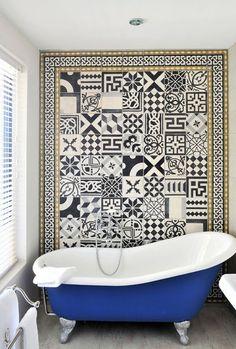 Le carreau ciment dans la salle de bain e interiorconcept - Carreau salle de bain ...