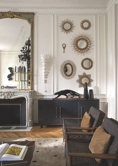 Decoration archives e interiorconcept - Miroir dans le salon ...