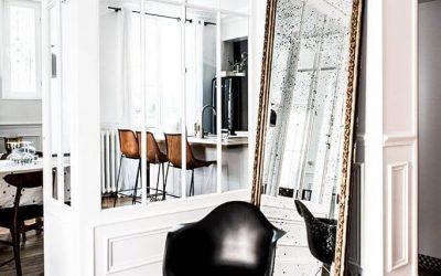 Une décoration, noir blanc or